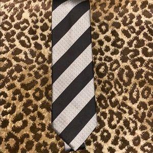 Charles Tyrwhitt Black Silver Diagonal tie